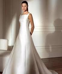 robe de mariã e pas cher en couleur de mariée pronovias d occasion couleur ivoire traine et voile