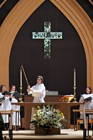 Acolyte Lighting Acolytes And Vergers Saint Mark U0027s Episcopal Church Columbus