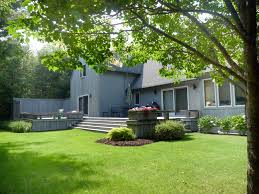 Backyard Guest Cottage by Eastward Way Guest Cottage Village Rentals The Knowles Company