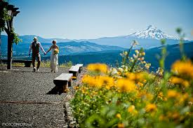 Wedding Venues In Montana Wedding Venue With Amazing Views Of Mt Hood And The Columbia Gorge