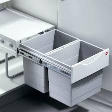 poubelle de cuisine sous evier poubelle cuisine coulissante sous evier daclicieux poubelle cuisine