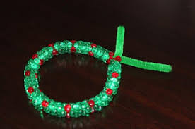 how to make beaded wreath ornaments
