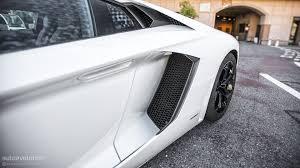Lamborghini Aventador Open Door - lamborghini aventador review autoevolution