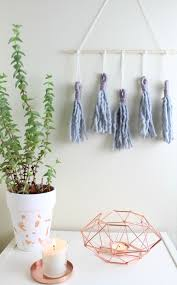How To Arrange Pictures On A Wall by How To Make Diy Tassel Wall Hangingagnizer Com Agnizer Com
