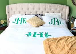 monogrammed duvet tutorial using cricut explore a southern