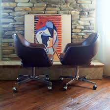 Mid Century Modern Swivel Chair by 1979 Saarinen For Knoll Executive Arm Chair Iconic Mid Cen U2026 Flickr