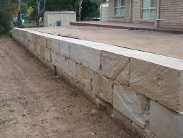 diamond cut sandstone retaining wall landscape blocks client