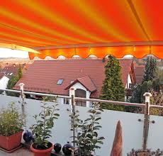 markisen fã r balkon markise balkon orange schöner wohnen mit unseren markisen we
