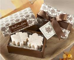 wedding gift guest maple leaf shaped handmade soap wedding gifts wedding favors guest