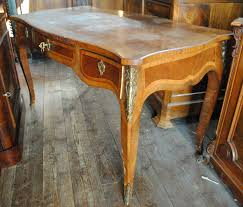 scrivanie stile antico scrittoi scrivanie antiche mobili d arte di andrea di gianvito