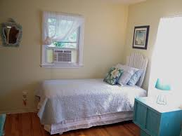 Two Twin Beds by Cutchogue Wine Country Cottage Shorecrest Bed And Breakfast