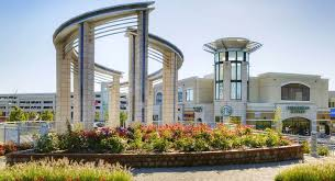 create a building create an eye catching commercial building with high quality stone