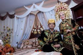 wedding ceremony minangkabau culture uda armetra