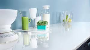 plan de travail cuisine en verre plan de travail cuisine quel matériau choisir côté maison