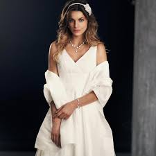 robe ecru pour mariage robe de mariée pas cher instant précieux
