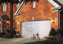 how do i the right color for my kitchen cabinets what color should i paint my garage door choosing the