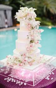fabulous wedding cake table ideas using flowers cake table