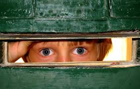 file eyes of a child in the letter hole jpg wikimedia commons