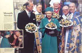 Queen Elizabeth Purse Hm Queen Elizabeth Ii Celebrates Maundy Thursday At Sheffield