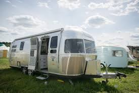 luxury caravan camping world raises 251 million in ipo fortune