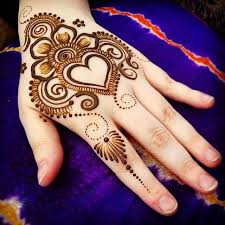 best 25 henna heart ideas on pinterest heart tat tattoed heart