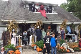 cool halloween house decorations decorate house for halloween home design ideas