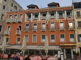 chambres d hotes venise façade de l hôtel savoia e jolanda venise photo de hotel savoia