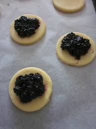 emporte pi鐵e cuisine petits sablés dodus aux mûres les p plats d une bretonne