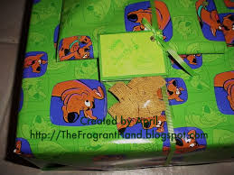 scooby doo wrapping paper the fragrant present tie on idea scooby doo