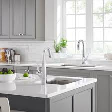 Hands Free Kitchen Faucet Avery Selectronic Hands Free Pull Down Kitchen Faucet American