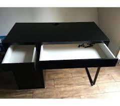 bureau ikea mikael s duisant bureau moderne ikea noir cheap tag res billy brun xx
