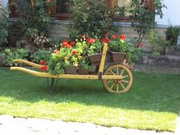 a cart full of flowers picture of gostiona vendeglo gurinovic