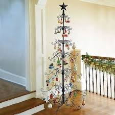 gold or black metal scroll ornament display tree