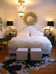 schlafzimmer teppich braun kuhfell teppich harzite