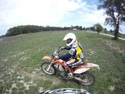 motocross drag racing dirt bike drag racing rm250 vs kdx200 vs yz125 vs xc f 250 youtube