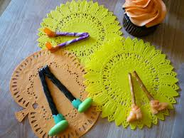 ding dong the witch is dead cupcakes sweet simple stuff