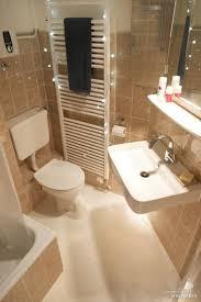 Steinteppich Bad Bodenbelag Badezimmer Fugenlos Carprola For