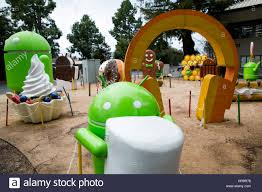 android statues a garden of android operating system statues in