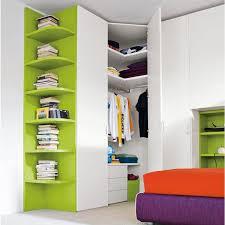 armoire d angle chambre armoire d angle pour chambre maison design bahbe com