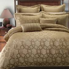 9 pieces hotel collection bedding set