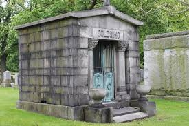 mausoleum cost touring the tombs the mysterious mausoleums of chicago s