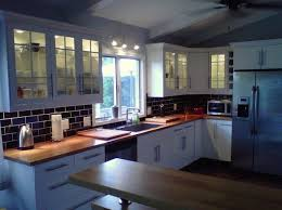 black subway tile kitchen backsplash kitchen subway tiles are back in style 50 inspiring designs