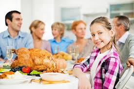 tips on celebrating thanksgiving with a big family lovetoknow