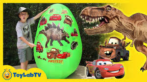 giant egg surprise dinosaurs vs cars dinosaur u0026 disney cars 3