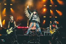 Guns And Roses - guns n roses and st louis hug it out at since 1991 s