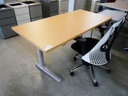 Herman Miller Adjustable Height Desk by Stand Up Desks In Classrooms Decorative Furniture