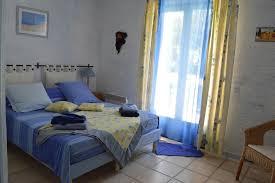 booking chambre d hotes bed and breakfast chambre d hôtes la roquemalière mérindol