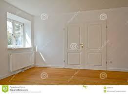 Wohnzimmer Altbau Wohnzimmer In Einem Altbau Wohnung Mit Doppelter Tür Und Parkett