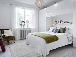 Bedroom Decorating Ideas College Apartments Neutral And Balanced Beautiful Simple Floral Black And White Wall
