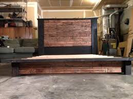 Diy Platform Bed With Headboard by Diy Wood Pallet Bed With Headboard 101 Pallets